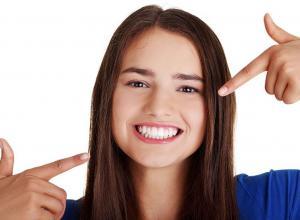 Como branquear os dentes em 1 dia?